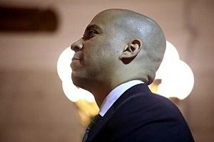 Newark Mayor Cory Booker (John Moore/Getty Images)
