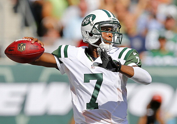 Geno Smith throws against Tampa Bay