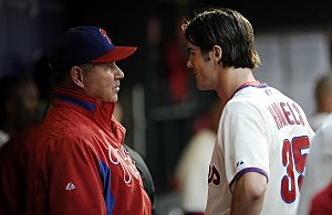 Rich Dubee with Phillies pitcher Cole Hamels