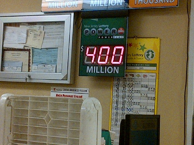 Powerball jackpot display at Stop & Shop in Pennington