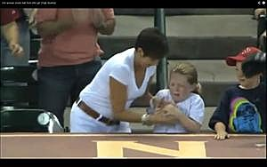 Woman steals baseball from little girl