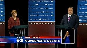 (L-R) Senator Barbara Buono (D) and Governor Chris Christie (R) debate at William Paterson University