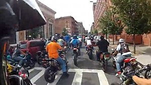 Motorcyclists at start of ride before chasing SUV