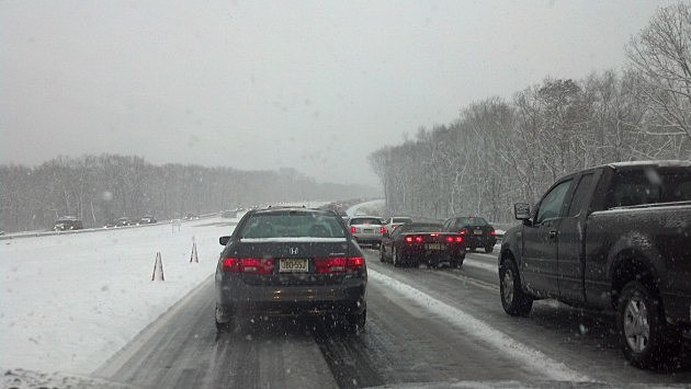 Snow on the Garden State Parkway