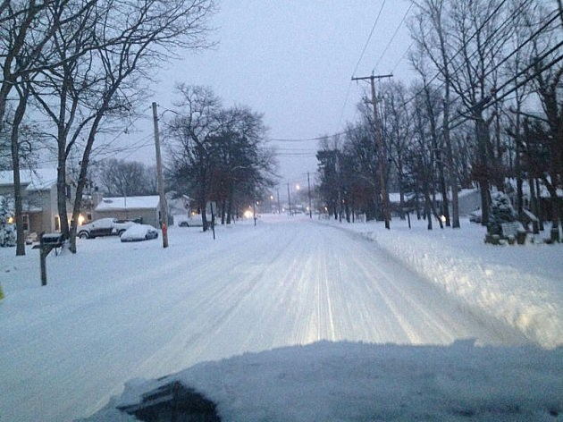 Snow on Newton's Corner Road in Howell