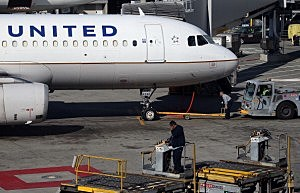 A United Airlines jetliner