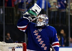 Henrik Lundqvist takes a drink in the third period against the Pittsburgh Penguins during Game Six
