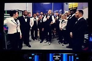 Justin Timberlake (C) accepts the award for Top Billboard 200 Album via satellite during the 2014 Billboard Music Awards
