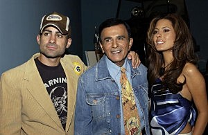 Casey Kasem (c) and his children Mike and Kerri