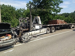 Truck involved in fatal accident on I-287 in Mahwah