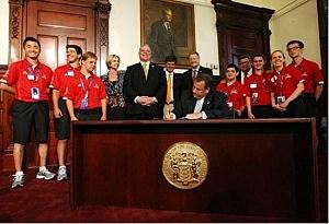 Gov. Christie, Sen. Pres. Sweeney, and kids