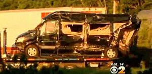 Mini van limo carrying Tracy Morgan and 6 others involved in a New Jersey Turnpike accident