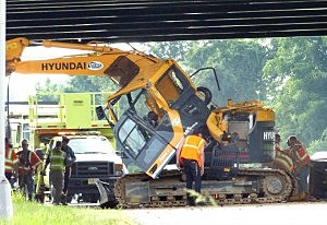 Construction equipment involved in accident on I-95 in Mercer County