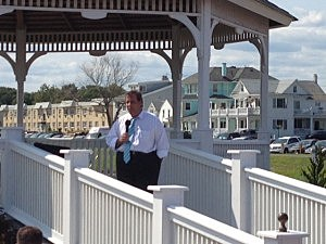 Governor Christie hosts a town hall in Belmar (Townsquare Media)