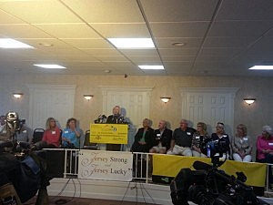 Members of the Endreson family are introduced by the New Jersey Lottery during a press conference at the Beachwood Community Center