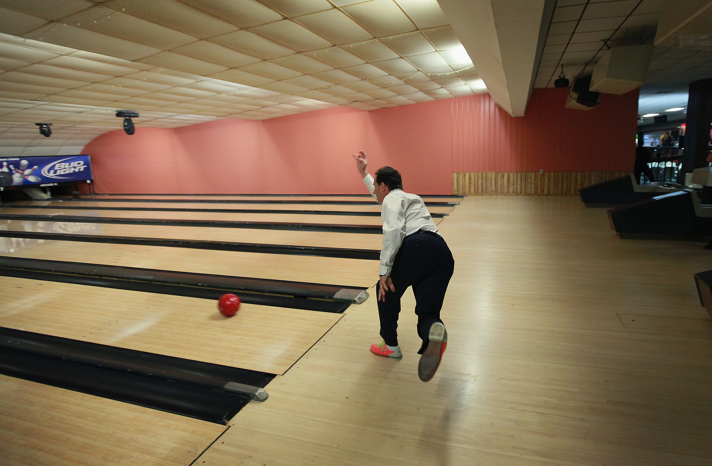 Papp\'s Bowling Alley in Bordentown to close - is bowling a fading sport?