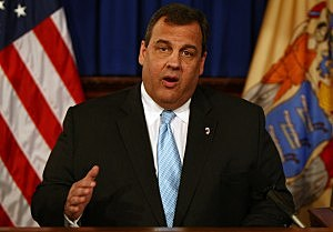 Governor Chris Christie announces a plan to strengthen existing gun laws and background checks, bolster criminal penalties and treat the root causes of mass violence. (Governor's Office/Tim Larsen)