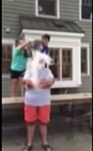 Chris Christie taking the Ice Bucket Challenge - Youtube