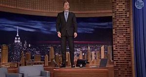 Jimmy Fallon pays tribute to Robin Williams on the Tonight Show