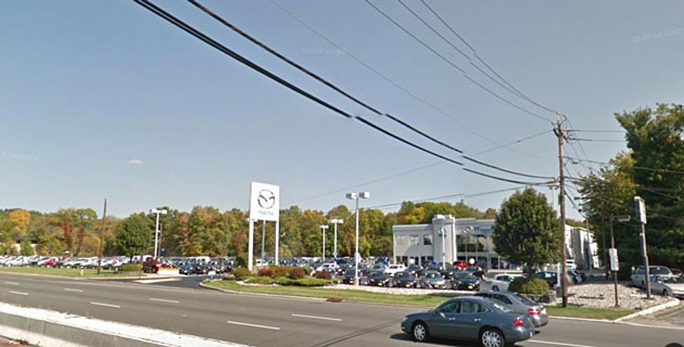 Auto dealer accused of deceptive advertising