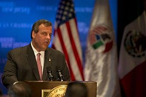 New Jersey Gov. Chris Christie delivers a speech to the American Chamber of Commerce in Mexico