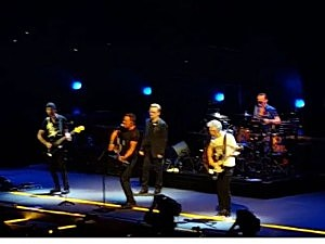 Watch Bruce Springsteen Joins U2 On Stage At Madison Square Garden