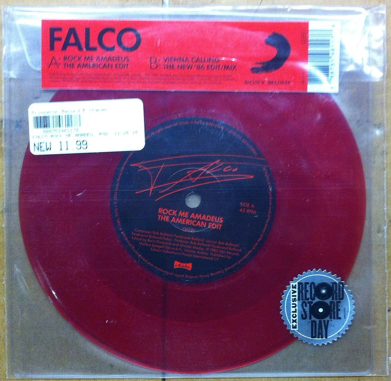 How did this COOL/SPECIAL Falco  disc not sell LAST YEAR? (Craig Allen photo).