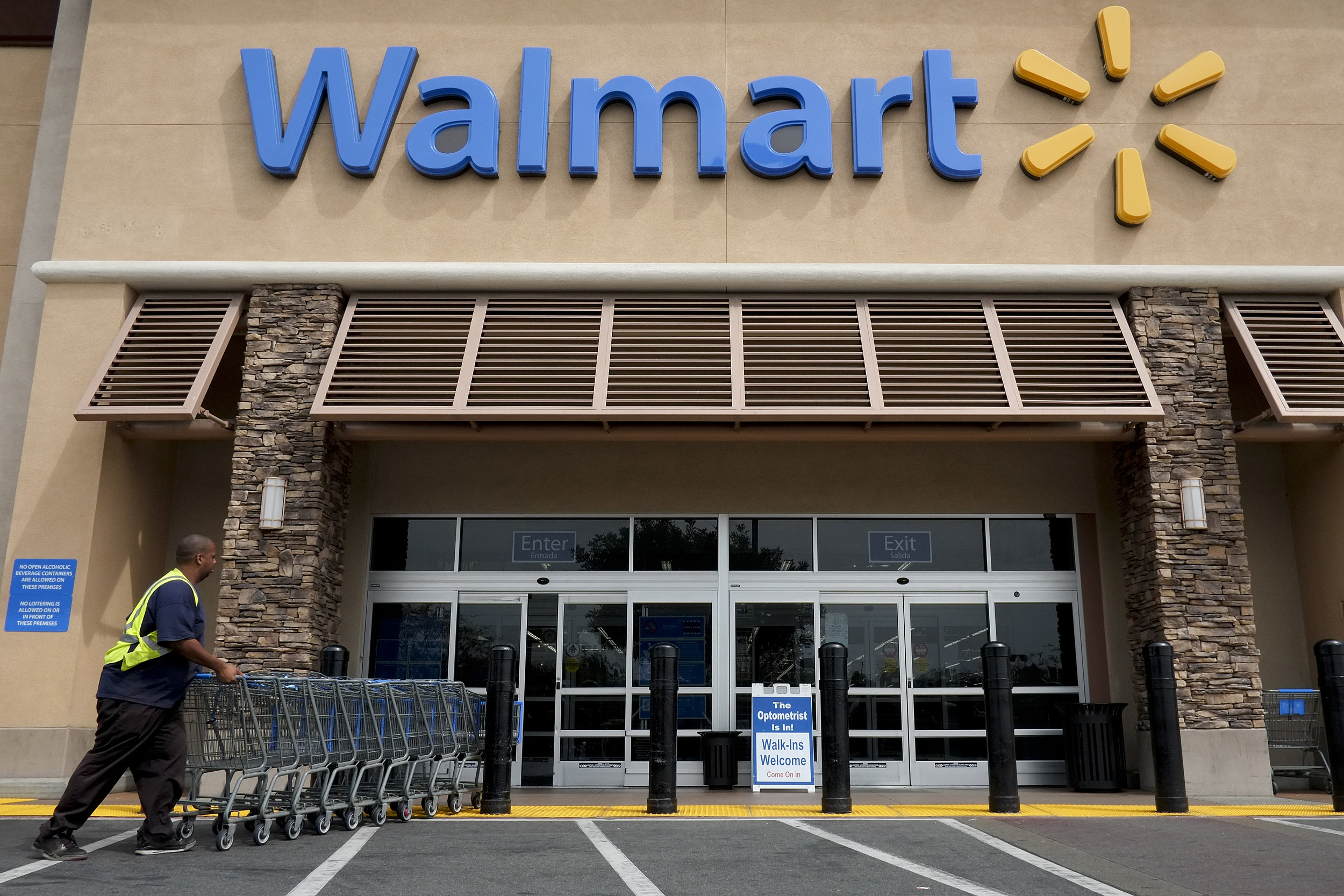 1.02 is Wal Mart Stores Inc's (NYSE:WMT) Institutional Investor Sentiment