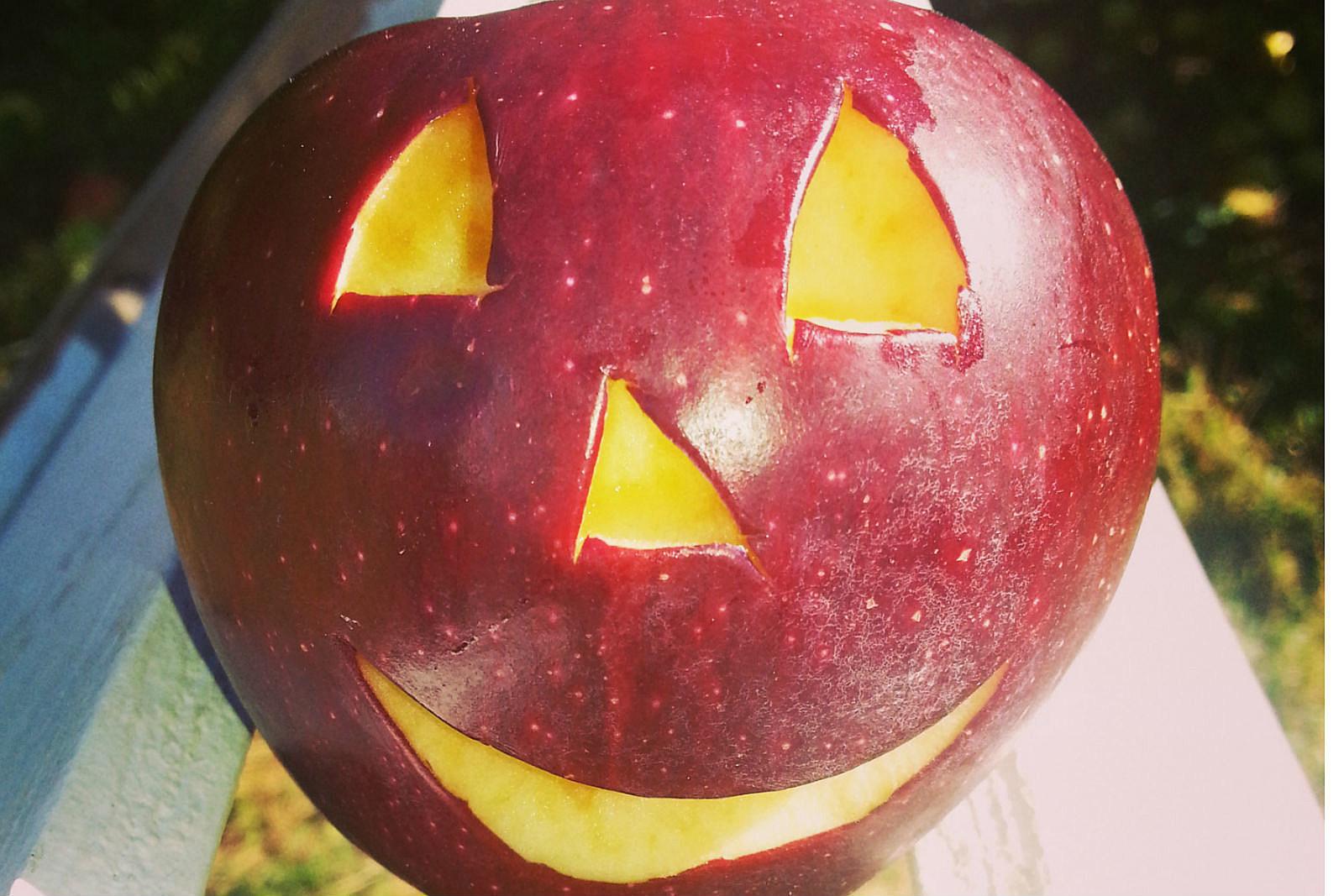 NJ Apple Jack O Lantern