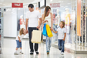 shopping (Denis Raev, ThinkStock)