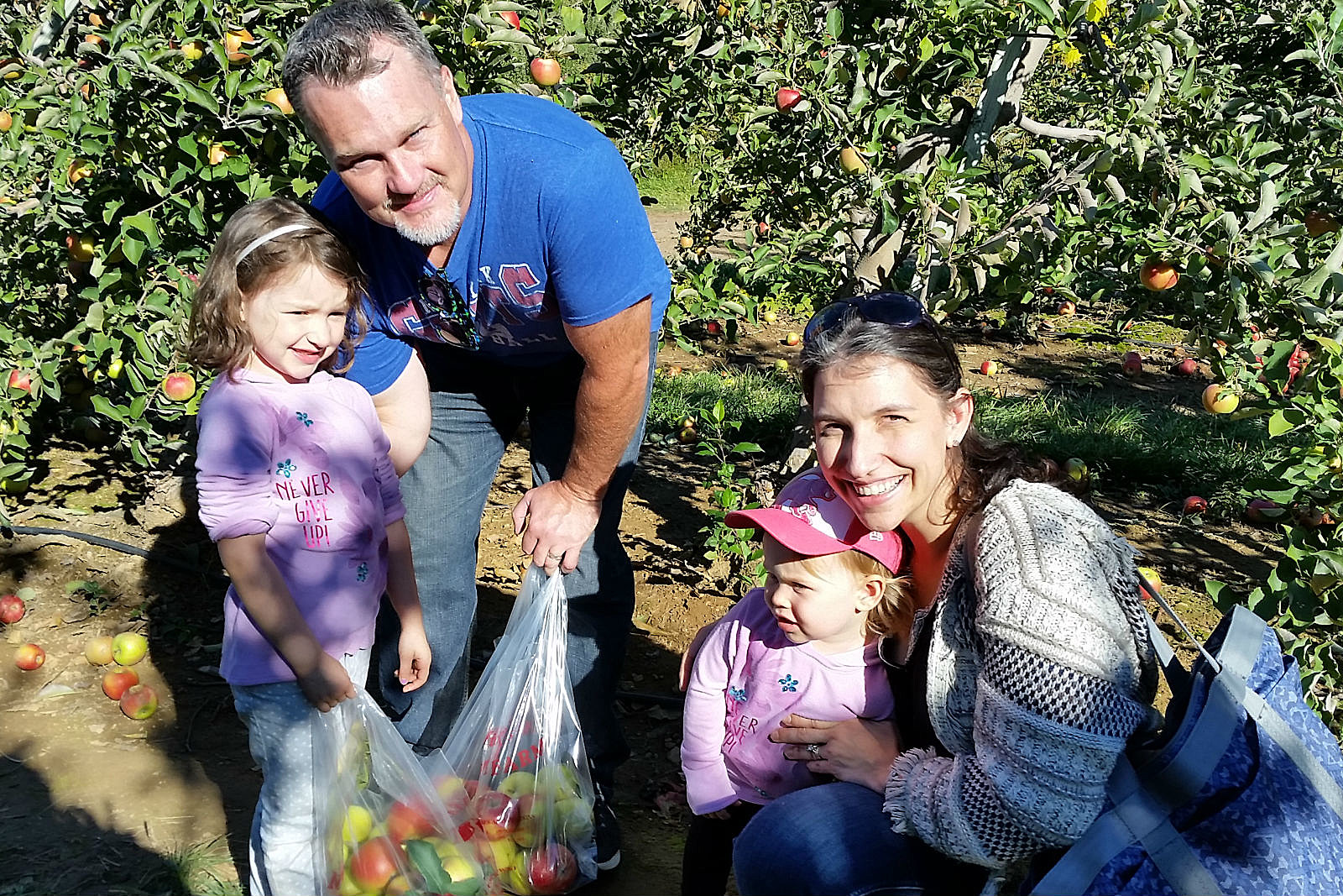 NJ Apple Picking With Family