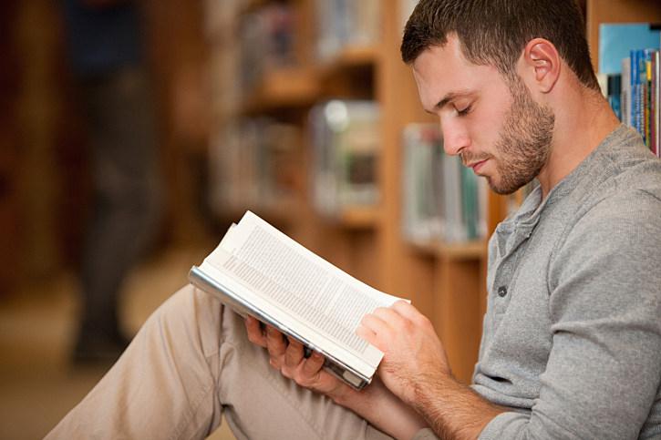 Paper prevails over e-books