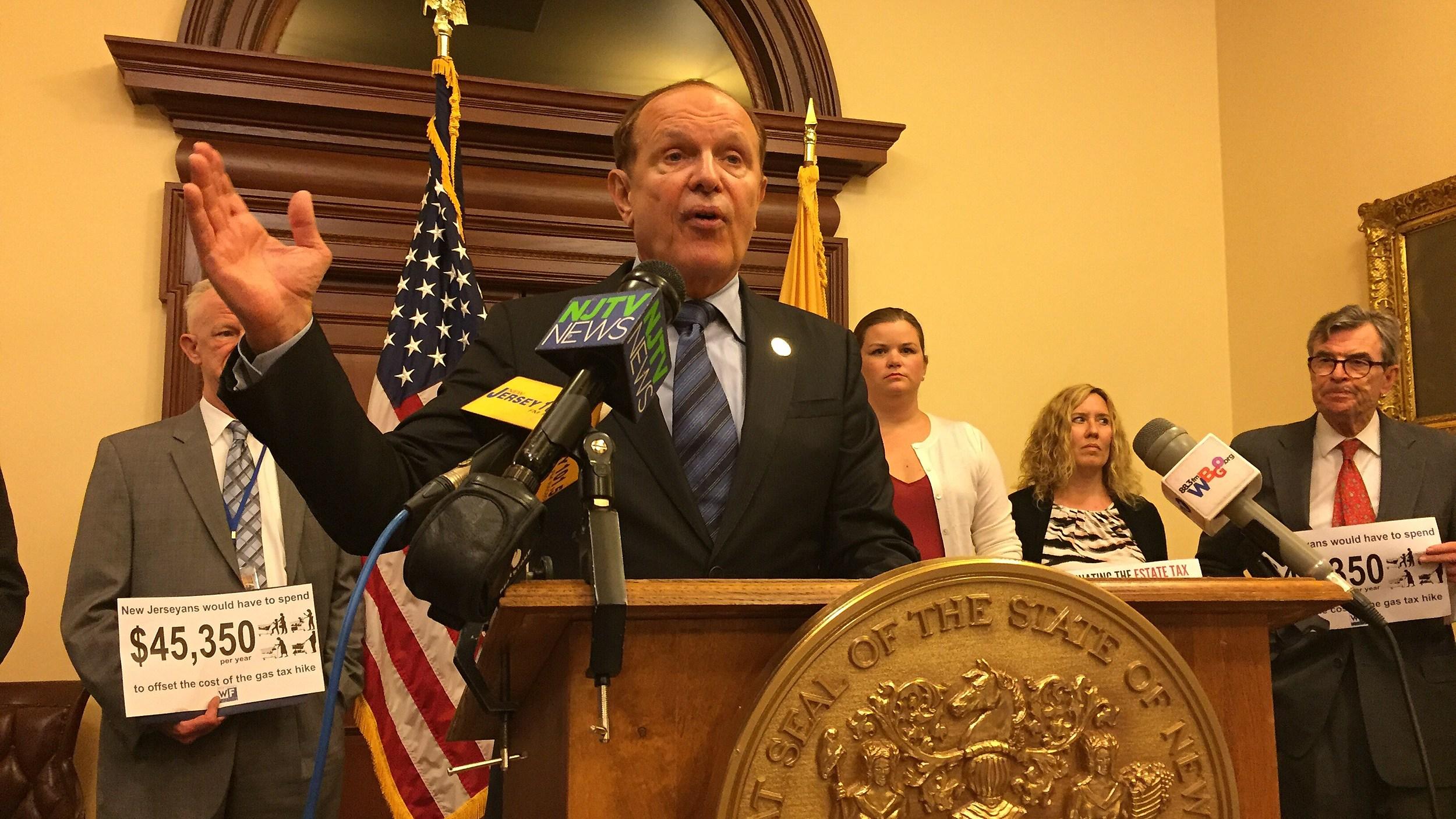N.J. Lawmakers Send Christie Gas-Tax Increase to Fund Roadwork