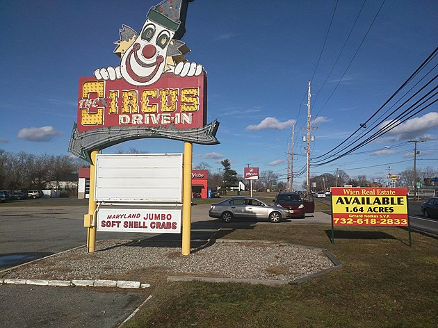 The Circus Drive-In in Wall Township
