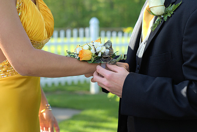 prom couple corsage