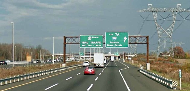 Nee Jersey Turnpike northbound at I-195