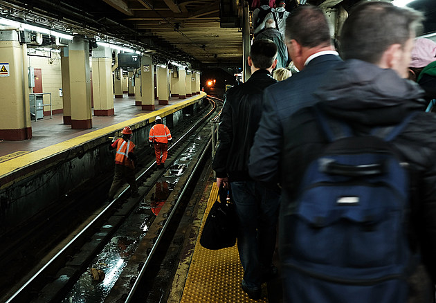 Amtrak Track Repairs At Penn Station Expected To Cause Continued Delays