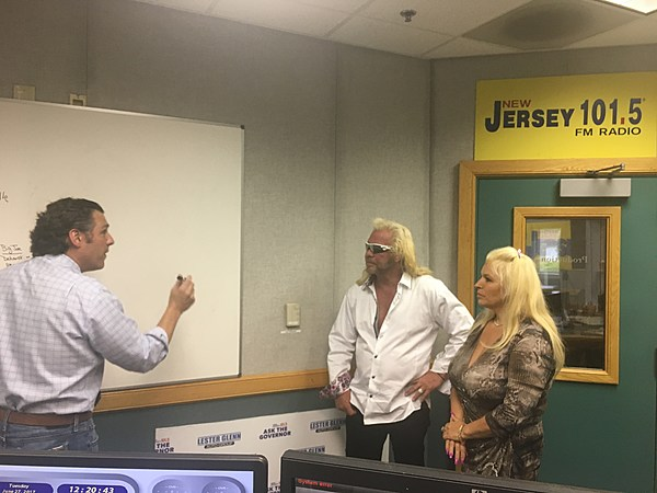 dog the bounty hunter and beth chapman join nj 39 s bail