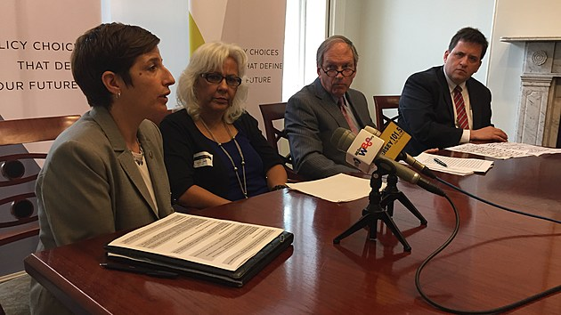 Staci Berger, Grizel Ubarry, Peter Reinhart and Kevin Walsh discuss the 'Crossroads NJ' housing report. (Michael Symons/Townsquare Media NJ)