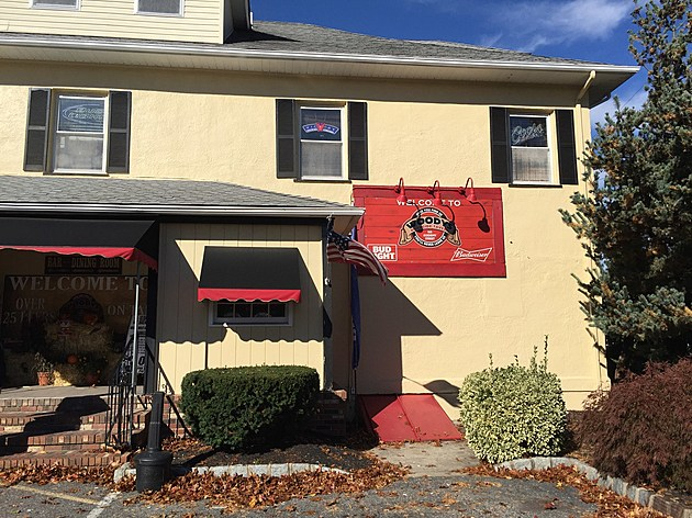 Woody's Tavern in Farmingdale