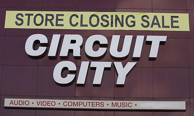 Hey Nj Circuit City Is Coming Back Sort Of