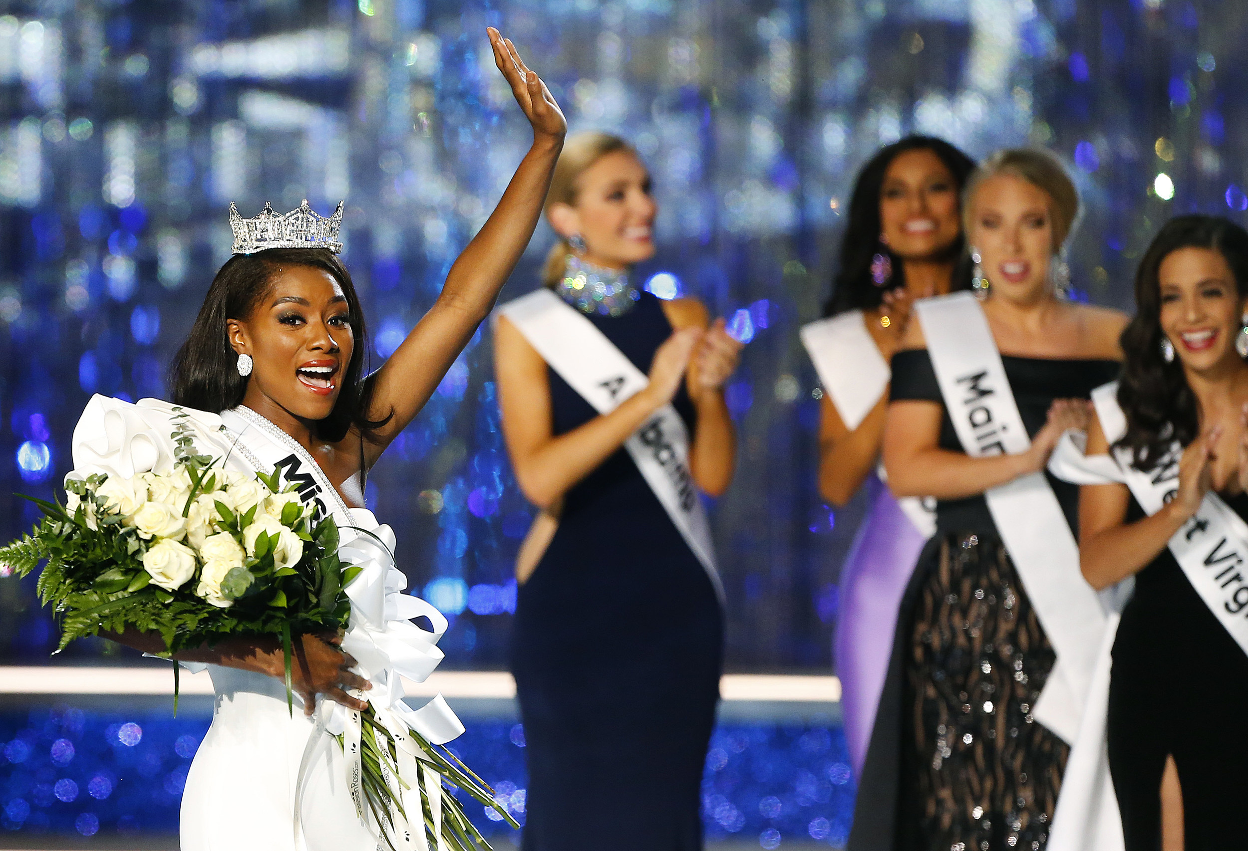 New Miss America Glad She Didnt Have To Wear Swimsuit To Win
