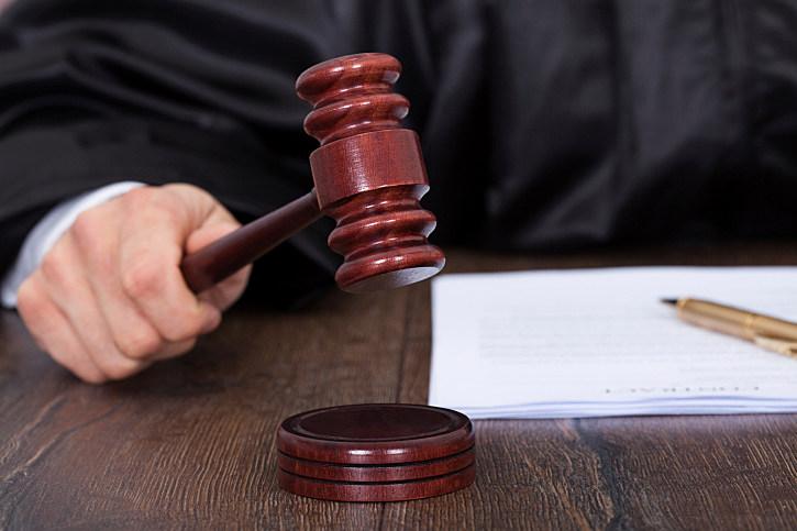 NJ's 'close your legs' judge says Supreme Court shouldn't remove him