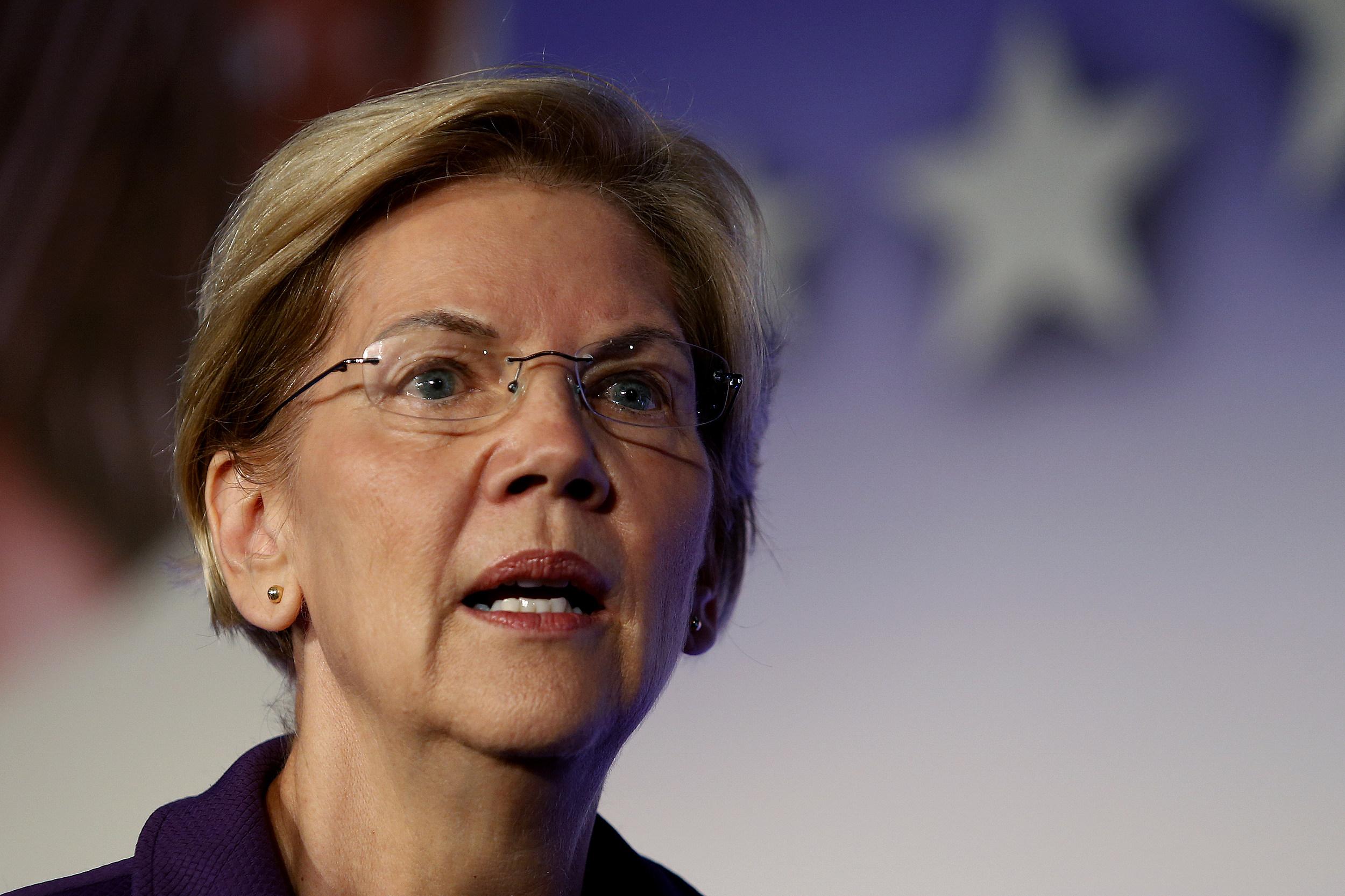 Was pregnant Elizabeth Warren really fired by NJ school district?