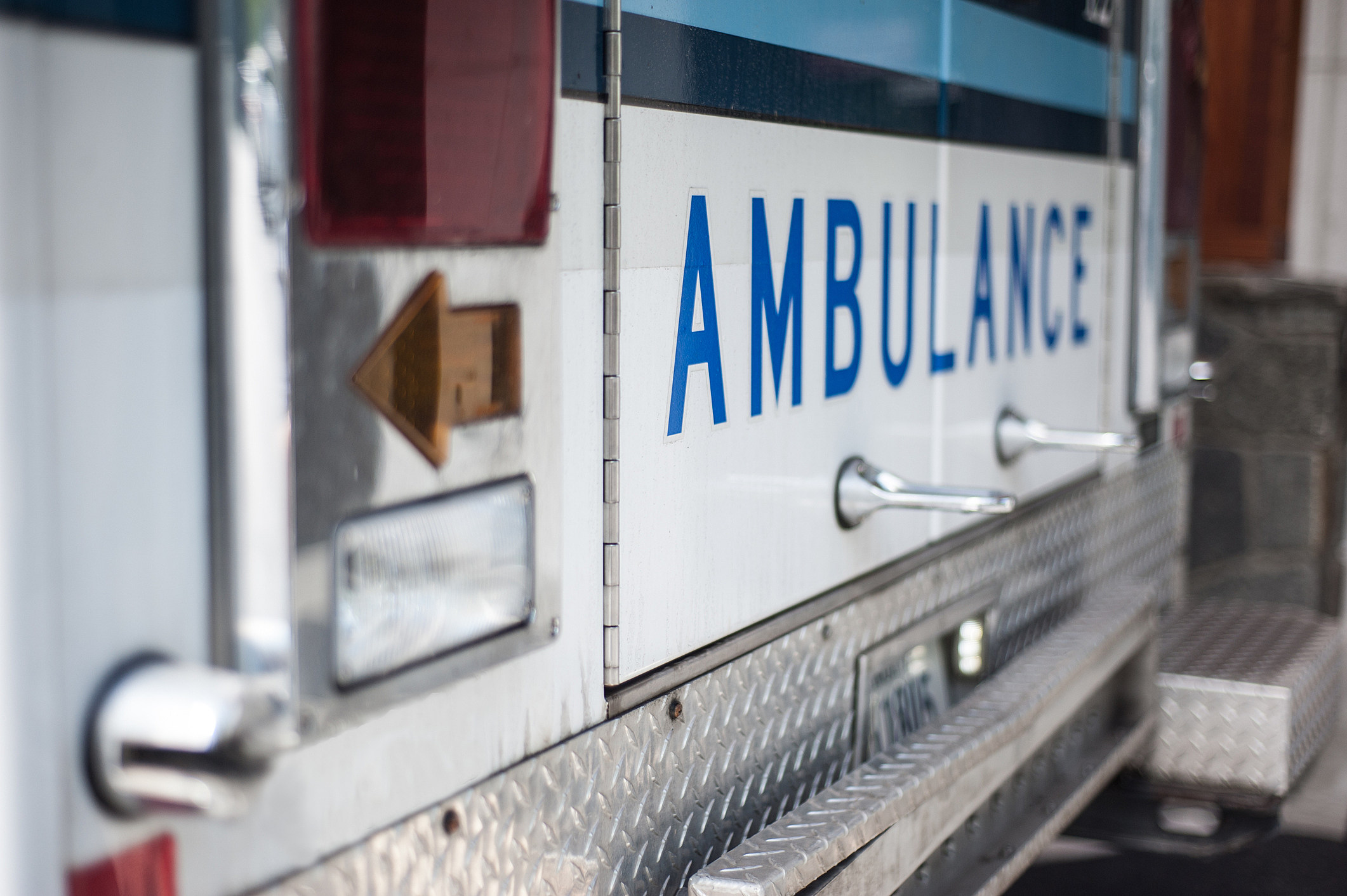 NJ worker critically hurt in 3-story elevator shaft fall — police